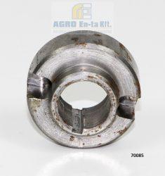 Közdarab - hidraulika szivattyú hajtás 70085